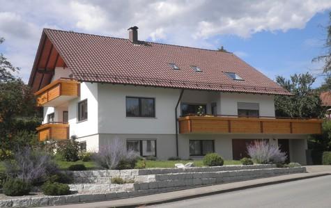 http://www.zimmerei-kuhn.de/media/Balkon/Balkon1.JPG